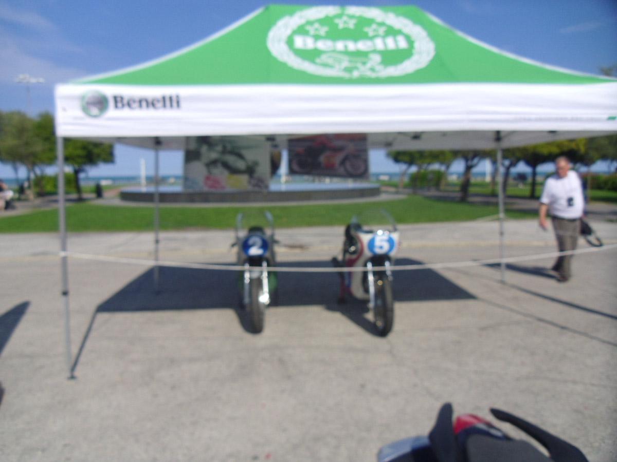 centenario Benelli 2011-002