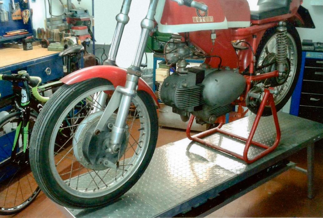 restauro motobi competizione  001